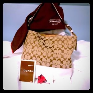 Coach park signature purse with dust bag and cards
